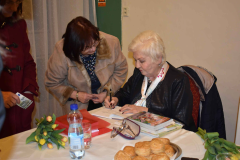 Weinrauch Katalin dedikálása