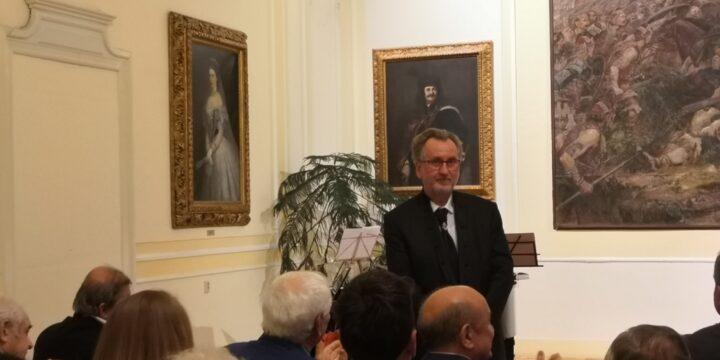Kitüntették Hodossy Gyulát, az SZMÍT elnökét